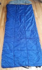 Ridgeway by kelty 20 degree double wide sleeping bag heavy duty