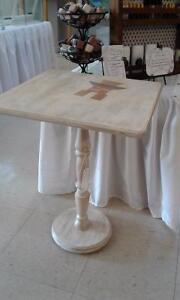 Table inukchuk