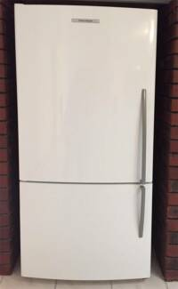 "Fisher and Paykel 519 Litre ""Upside Down"" (Bottom Mount) Fridge"