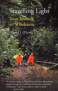 Travelling Light: Your Journey to Wholeness - A Book of Breathers to Inspire You
