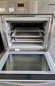 Miele H 316 Wall Oven in Excellent Condition South Yarra Stonnington Area Preview