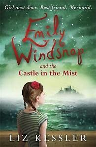 Emily Windsnap and the Castle in the Mist by Liz Kessler (Paperback)