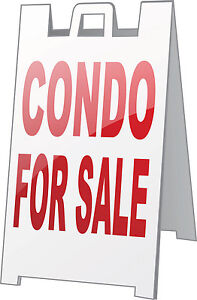 1 Bedroom Condo for Sale in Toronto with Parking