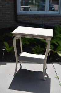 Cute Tall Table in Great Shape