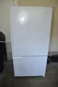 Maytag 22cu. ft. Bottom Freezer Refrigerator.
