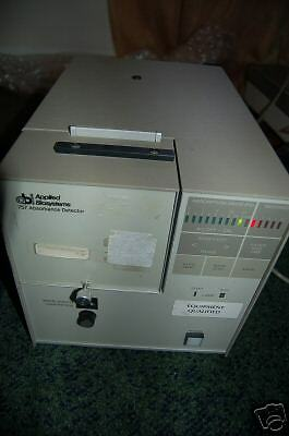 Applied Biosystems Hplc Uv Detector 757 Model Vis Chromatography Lc Liquid