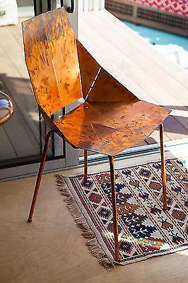 Wenn Du sie nicht brauchst, räumst Du stapelbare Möbel einfach beiseite!
