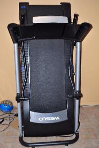 MOVING SALE!!!! Tapis roulant/ treadmill on sale!!! Negotiable