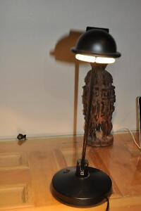 Lampe inclinable