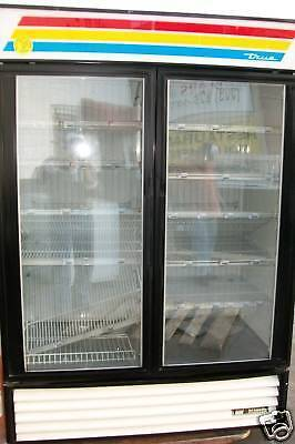 Freezer .true Glass Doors . 220 V. 1 Ph. Shelves Works 900 Items On E Bay
