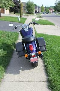 Mint Condition Kawasaki Vulcan 900 Classic - Low KMS! Cambridge Kitchener Area image 5