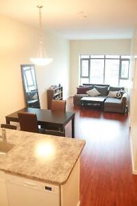 Apt bedroom by skytrain, $450 for single, $650 total for couple