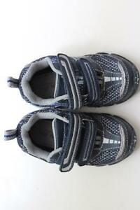 Boy's Stride Rite Shoes - Size 5