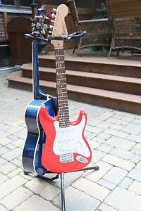 Squier by Fender Guitar