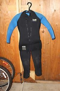 7mm Cold Water Wetsuits Cambridge Kitchener Area image 2