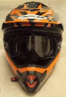 Nex Motorbike Helmet & Oakley Glasses
