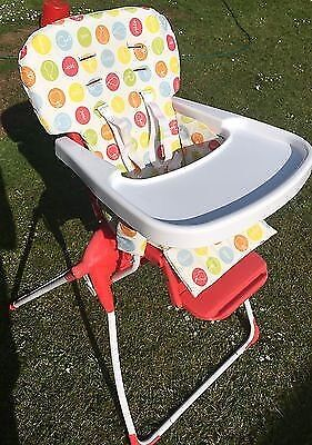 Cosatto folding/travel highchairin Peterhead, AberdeenshireGumtree - Brilliant lightweight & space saving highchair! Really easy to fold & unfold! Immaculate condition as only been used while on holidays or grannys house