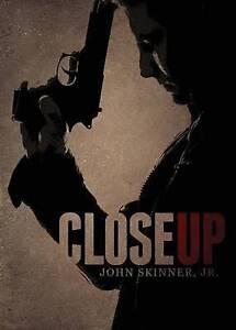 Close Up Skinner, John -Paperback