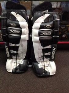 McKenny X-Lite Hockey Pads - black and white (SKU:Z13505) Calgary Alberta Preview