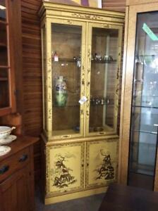 Henredon Chinoiserie 50th Anniversary Hand Painted Display Cabinet