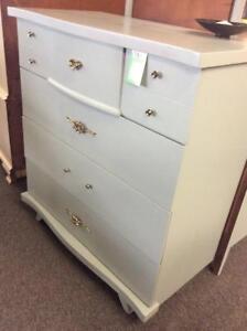 Peppler's Fine Furniture of Hanover, Ontario Dresser Drawers