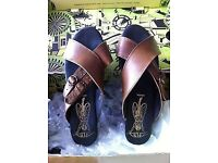 FLY LONDON 'HUMM' SANDALS - EXCELLENT CONDITION
