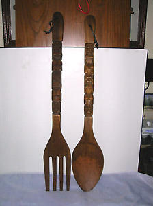 Looking for this large wooden spoon.