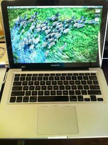 13-inch Macbook Pro Cambridge Kitchener Area image 1