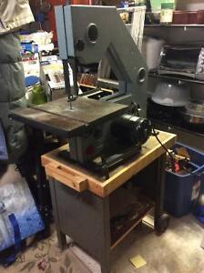 Delta Beaver 3 Pulley Band Saw & Stand