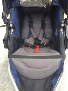 BOB Revolution SE running stroller Kingston Kingston Area image 2