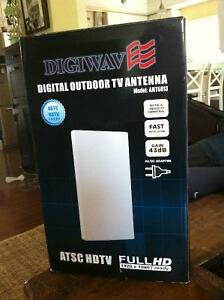 Digital antenna- GREAT FOR COTTAGE OR TRAILER