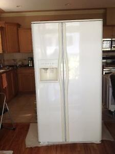 Frigidaire Side by side fridge freezer