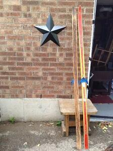 ANTIQUE WOOD SLEDs AND WOOD SKIS..GREAT WINTER DECOR RUSTIC Cambridge Kitchener Area image 7