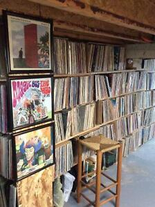 Disques:  LPs and 45s -- 20,000 West Island Greater Montréal image 1