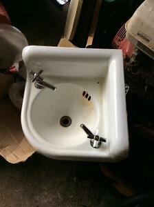 Antique corner sink