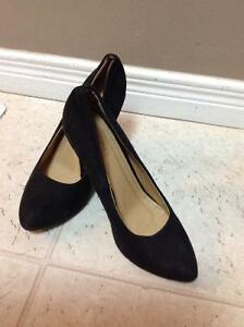 Ladies black heels