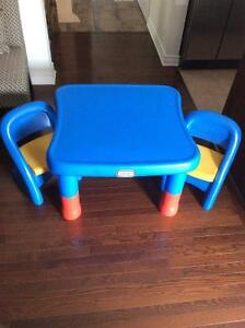 Little tikes adjustable table with chairs