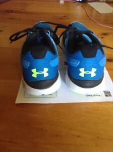 Under armour running shoes Peterborough Peterborough Area image 2
