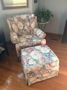 Chair and ottoman Windsor Region Ontario image 4