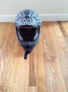 Raiders brand men's helmet size medium