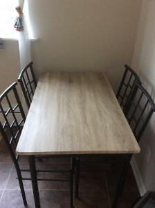 Awesome brand new dining table with 4 chairs unassembled