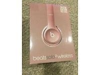 Beats solo2 wireless headphones (NEW)