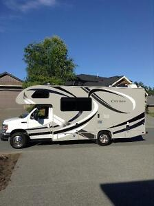 EXTENDED WARRANTY and LOW MILEAGE 2014 Chateau Citation 22E