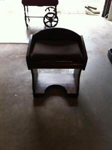 Antique solid wood seat