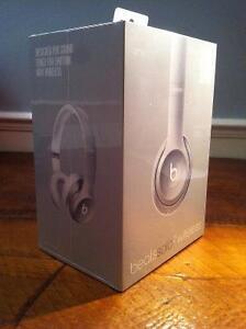 Beats Solo 2 Wireless Headphones w/ Receipt
