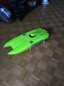 Proboat Miss Geico Brushless Boat