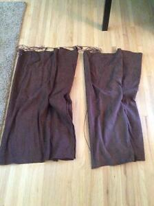 Set of 2 dark brown blinds