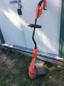 Trimmer. Black & Decker