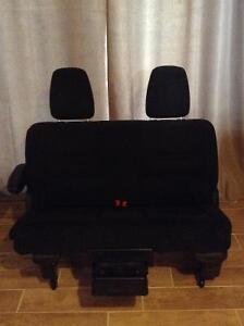 2013 Dodge Grand Caravan Middle Bench Seat
