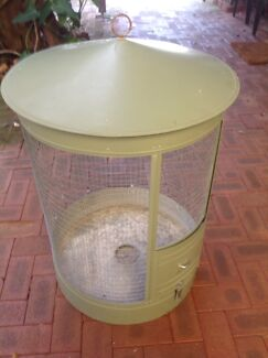 Wanted: Bird cage